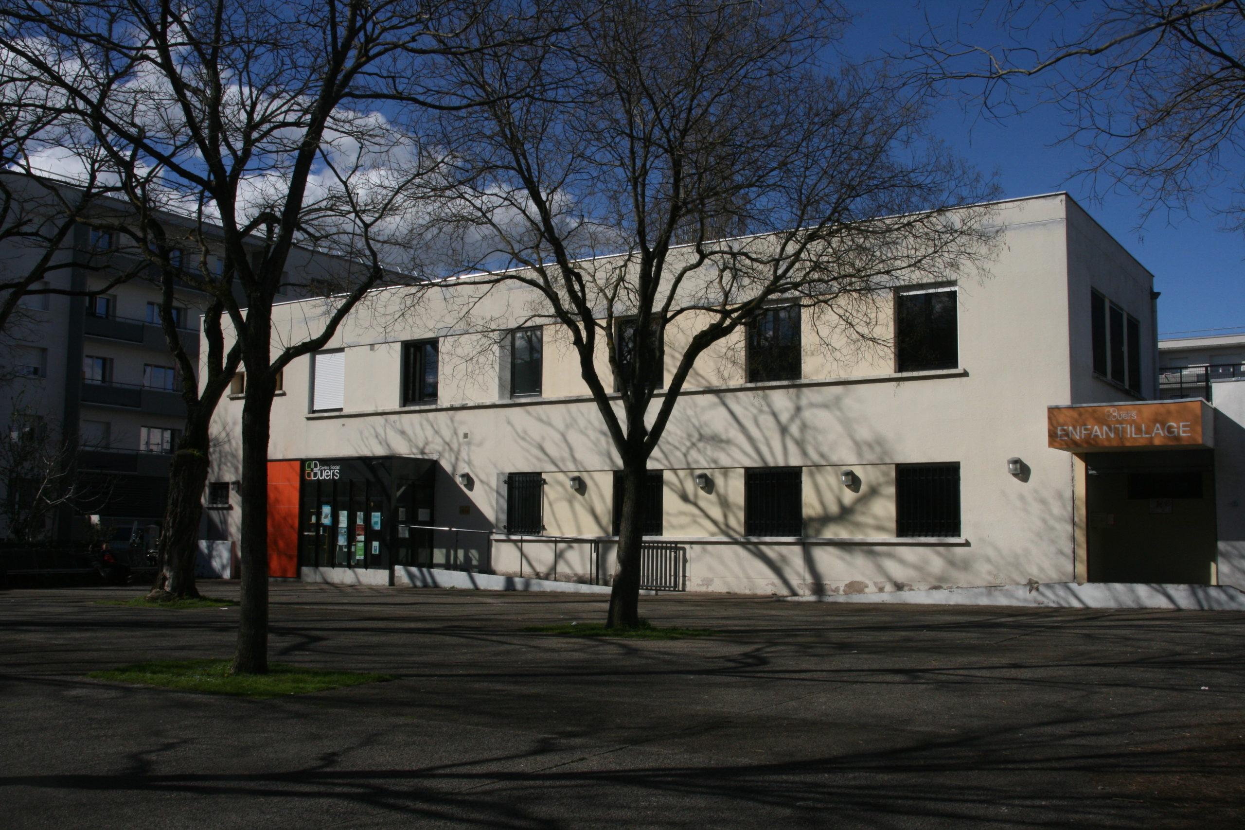 Le centre social des Buers